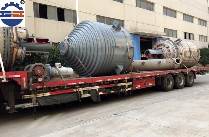 不锈钢反应釜运输案例