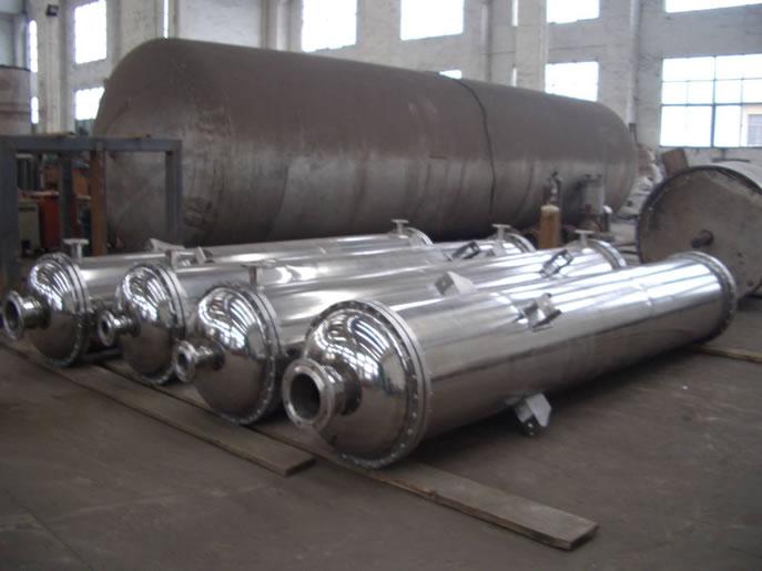 列管冷凝器在制造时需掌握哪些项技术要点?
